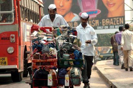 Mumbai_dabbawalla_klein
