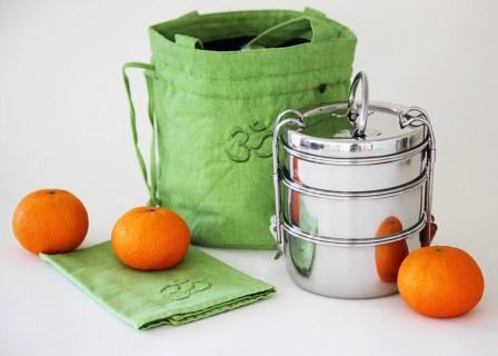 Tiffin and Oranges_klein
